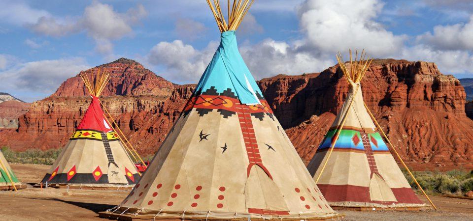 Le gouvernement américain devrait redonner des territoires aux Amérindiens