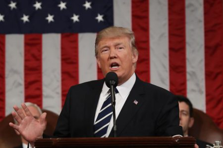 """La politique """"tolérance zéro"""" de l'administration Trump pour séparer davantage de familles"""